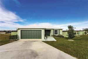 Featured Property in Dundee, FL 33838