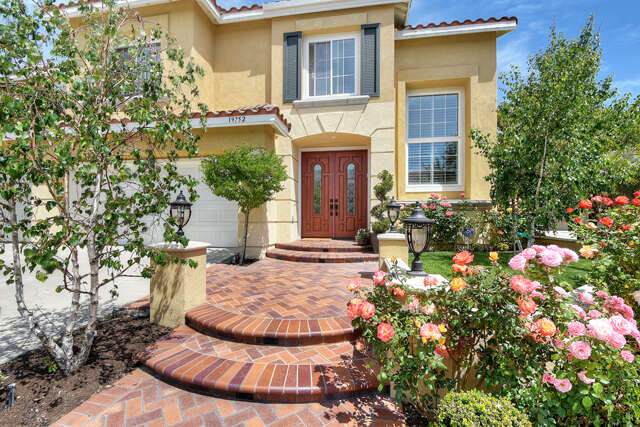 Single Family for Sale at 19752 Dorado Drive Lake Forest, California 92610 United States