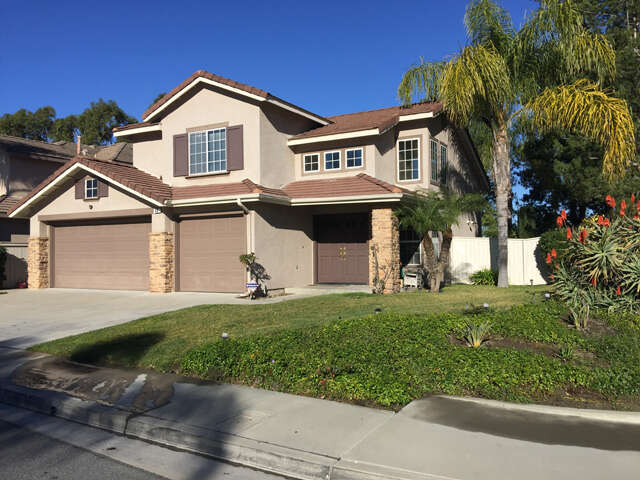 Single Family for Sale at 40 Pemberly Mission Viejo, California 92692 United States
