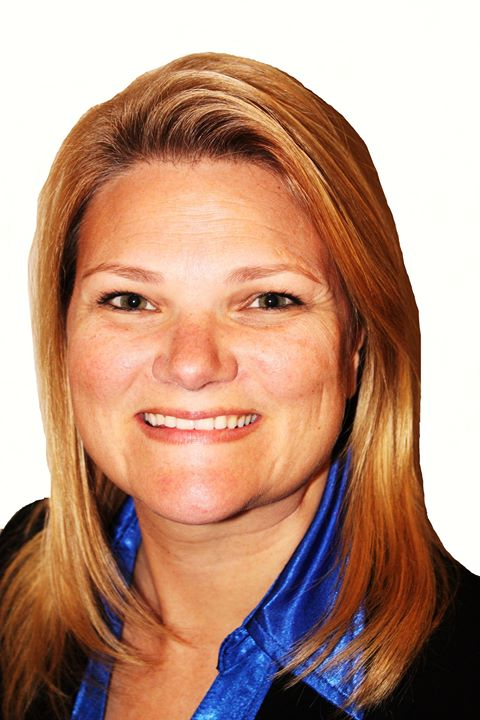 Colleen Bell, Sales Associate