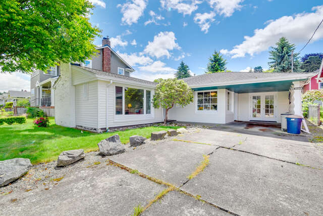 Single Family for Sale at 606 Warren St Everett, Washington 98201 United States