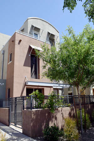 Featured Property in Phoenix, AZ 85034