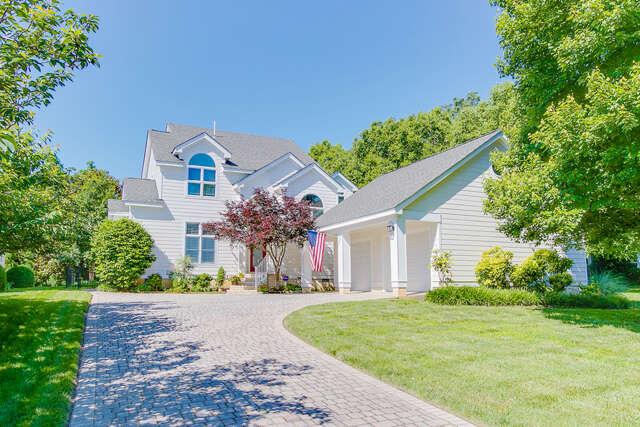Home Listing at 5 Tow Path, RICHMOND, VA