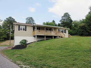 Featured Property in Philadelphia, TN 37846