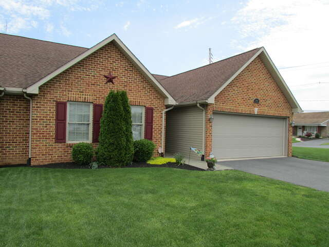 Real Estate for Sale, ListingId:45119401, location: 1900 Powell Drive Chambersburg 17201
