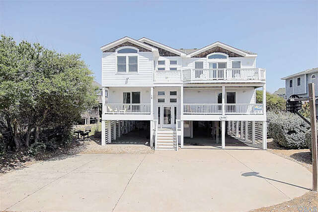 Single Family for Sale at 12 Thirteenth Avenue Southern Shores, North Carolina 27949 United States