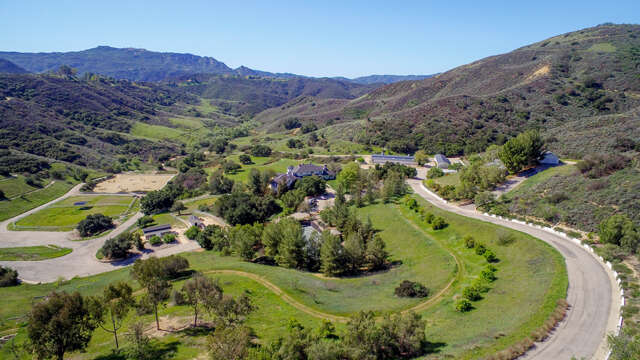 Single Family for Sale at 24900 Paseo Del Rancho Calabasas, California 91302 United States