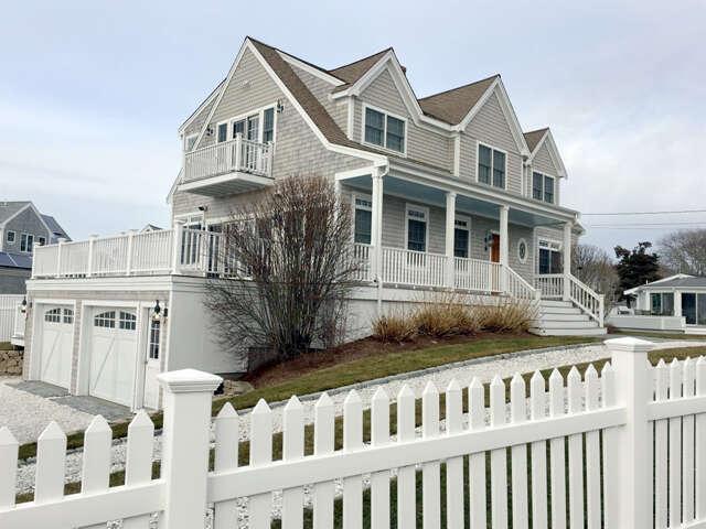 Single Family for Sale at 450 Barlows Landing Road Pocasset, Massachusetts 02559 United States