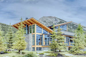 Featured Property in Canmore, AB T1W 3K9