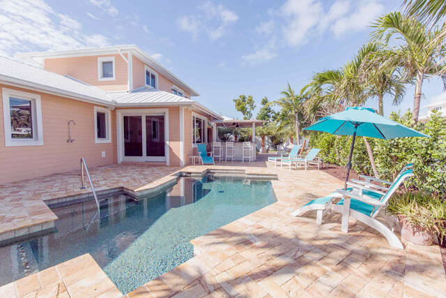 Single Family for Sale at 175 Harbor Drive Plantation Key, Florida 33070 United States
