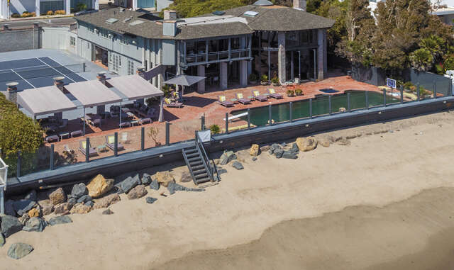 Single Family for Sale at 22506 Pacific Coast Highway Malibu, California 90265 United States