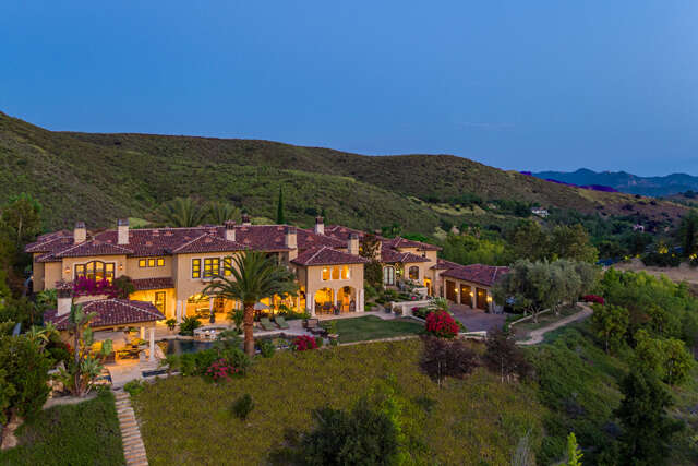 Single Family for Sale at 4787 Windhaven Dr Westlake Village, California 91362 United States