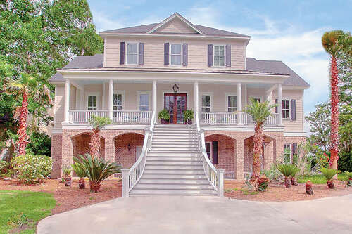 Single Family for Sale at 1075 Hill Mill Drive Richmond Hill, Georgia 31324 United States