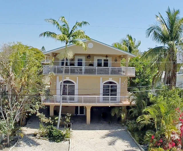 Additional photo for property listing at 430 Barracuda Blvd  Key Largo, Florida 33037 United States