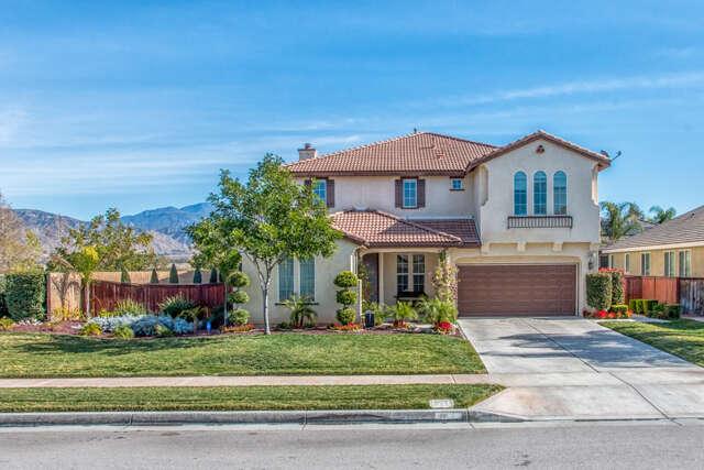 Single Family for Sale at 2080 Bluebird Lane Redlands, California 92374 United States
