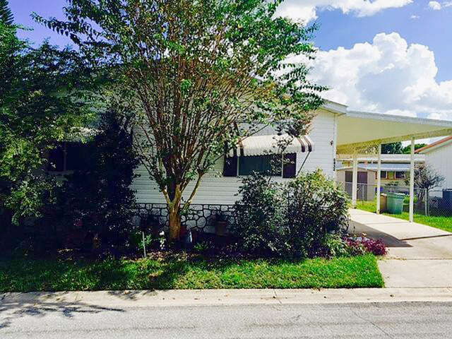 Featured Property in ORLANDO, FL, 32822