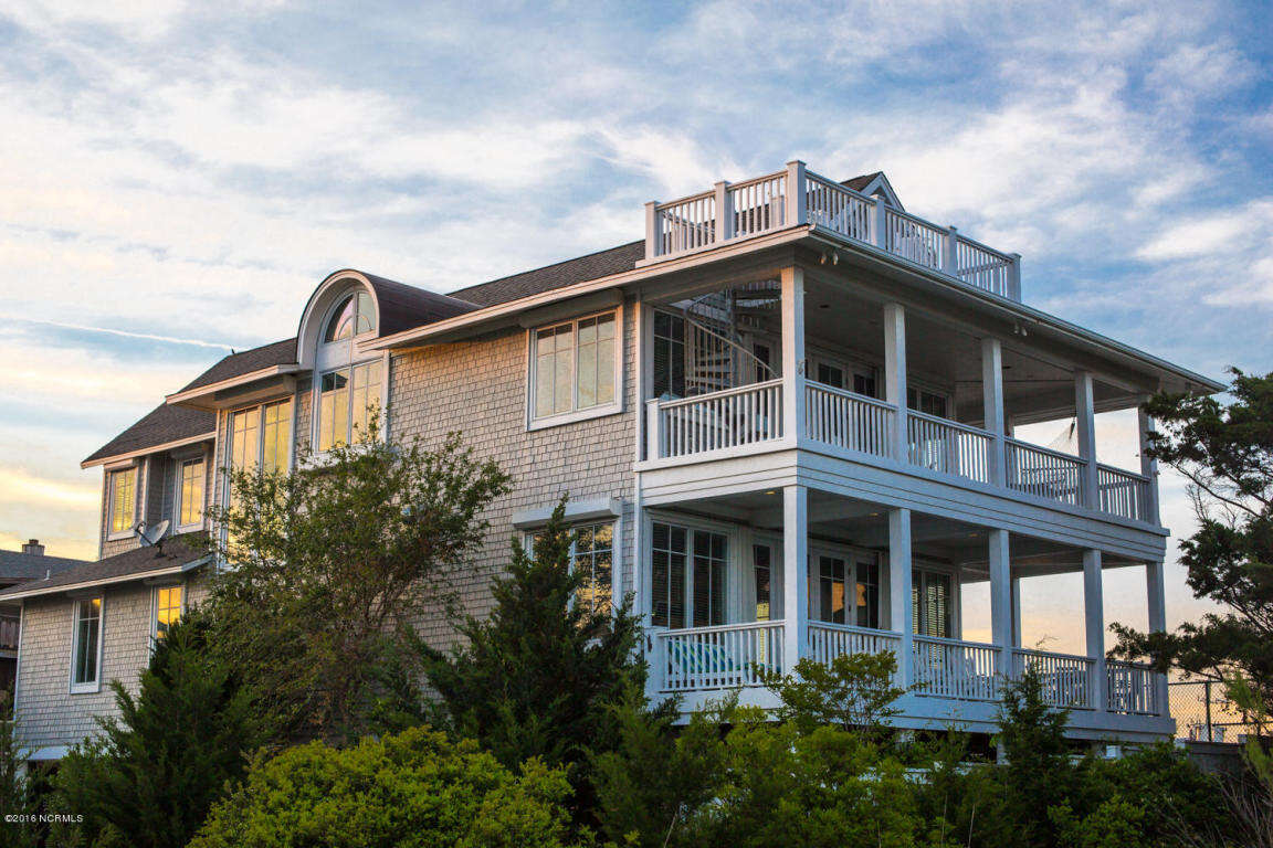 Single Family for Sale at 915 Schloss Wrightsville Beach, North Carolina 28480 United States