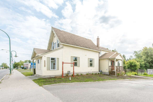 Featured Property in STITTSVILLE, ON, K2S 1P1