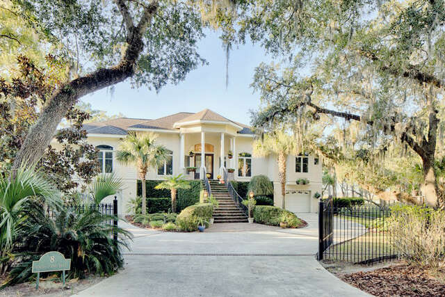 Single Family for Sale at 8 South Point Trail Beaufort, South Carolina 29907 United States