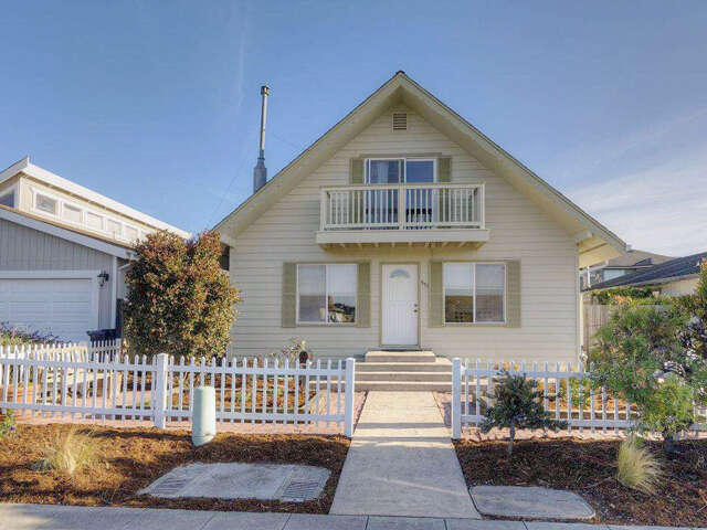 Single Family for Sale at 551 Terrace Ave Half Moon Bay, California 94019 United States