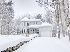 Featured Property in Cantley, QC J8V 3L9