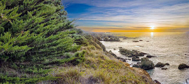 Investment for Sale at 33721 Yardarm Drive The Sea Ranch, California 95497 United States
