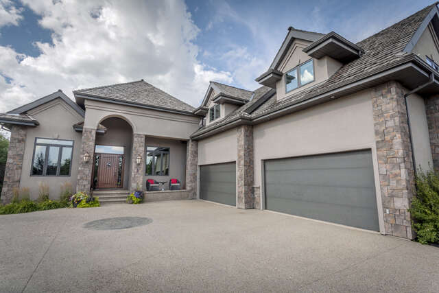 Featured Property in SPRUCE GROVE, AB, T7X 4M1