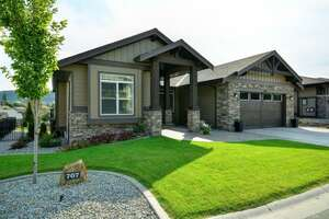 Single Family Home for Sale, ListingId:40963644, location: 707 Traditions Ln Kelowna V1V 2Y2
