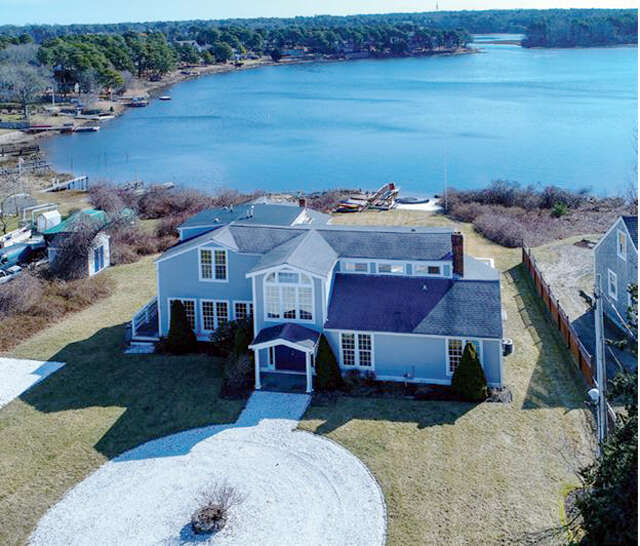 Single Family for Sale at 72 Mayflower Terrace South Yarmouth, Massachusetts 02664 United States