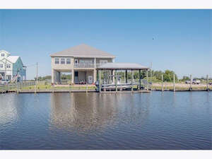 Featured Property in Bay St Louis, MS 39520