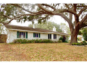 Single Family Home for Sale, ListingId:43182516, location: 201 LAKE LINK DRIVE SE Winter Haven 33884
