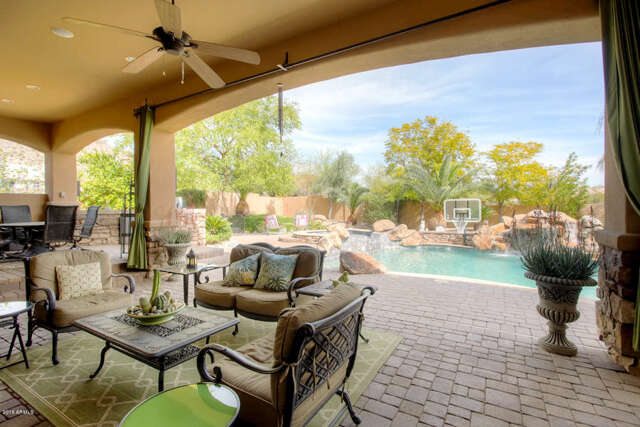 Single Family for Sale at 10797 Casa Blancea Dr Goodyear, Arizona 85338 United States