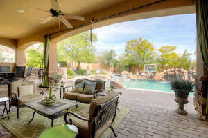 Featured Property in Goodyear, AZ 85338