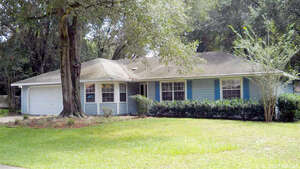 Featured Property in Newberry, FL 32669