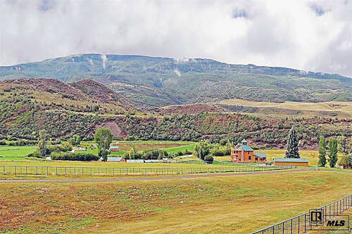 Single Family for Sale at 4355 County Road 29 Hayden, Colorado 81639 United States