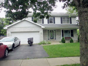 Featured Property in Bolingbrook, IL 60440