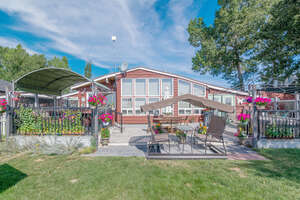 Featured Property in Strathmore, AB T1P 1J7
