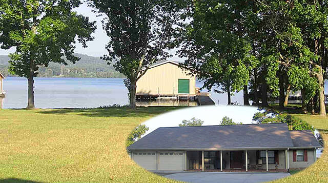 Single Family for Sale at 2924 Willow Beach Road Guntersville, Alabama 35976 United States