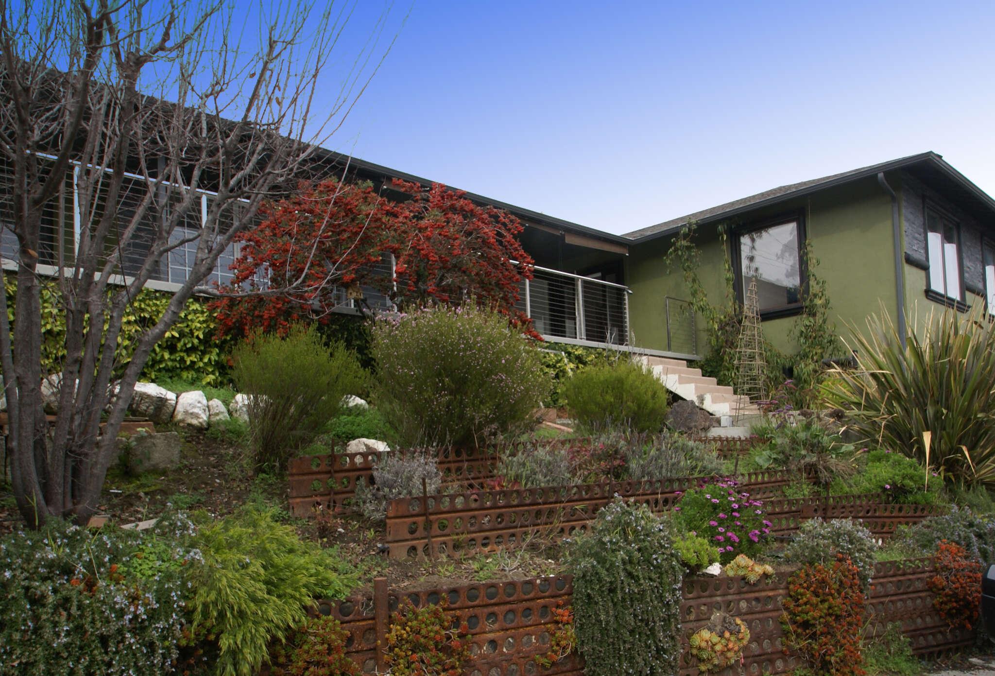 Single Family for Sale at 8 La Mancha Pl Millbrae, California 94030 United States