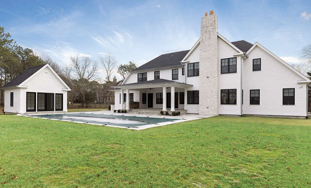 New Construction for Sale at 36 Post Fields Ln Quogue, New York 11959 United States