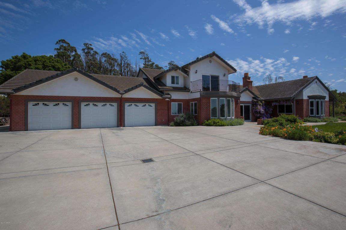 Single Family for Sale at 1900-1902 Tularosa Road Lompoc, California 93436 United States