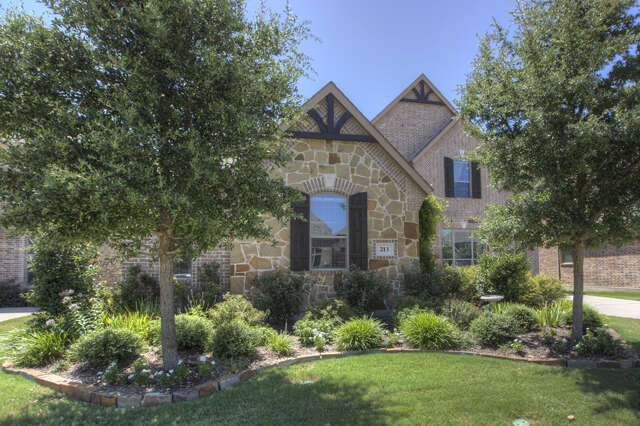 Home Listing at 213 Crestbrook DR, ROCKWALL, TX