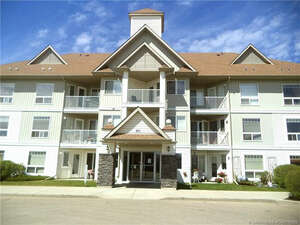 Featured Property in Red Deer, AB T4P 4A2