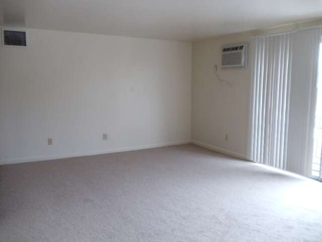 Apartments for Rent, ListingId:17560156, location: 5135 Hawaiian Terrace #4 Cincinnati 45223