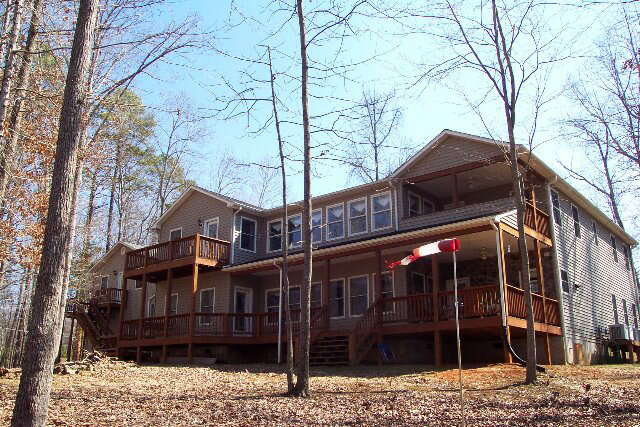 Single Family for Sale at 360 Brankley Farm Rd. Clarksville, Virginia 23927 United States