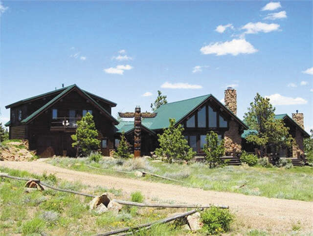Single Family for Sale at 65 Antelope Spring Rd. Tie Siding, Wyoming 82084 United States