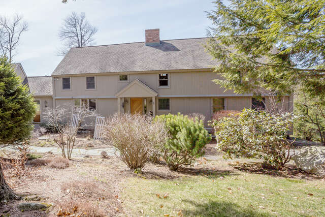 Single Family for Sale at 64 Surrey Lane New London, New Hampshire 03257 United States