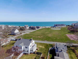 Featured Property in Falmouth, MA 02540