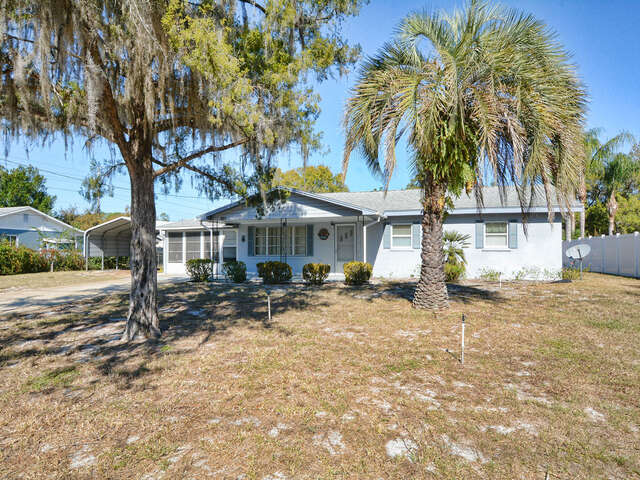Featured Property in LEESBURG, FL, 34788
