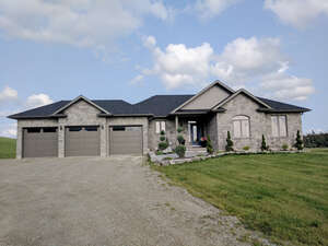 Real Estate for Sale, ListingId: 47304384, Amaranth, ON